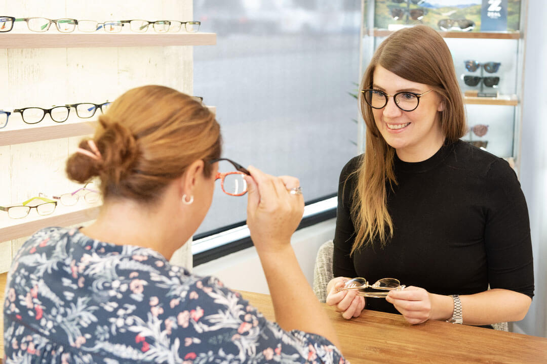 Choose frames that complement your colours